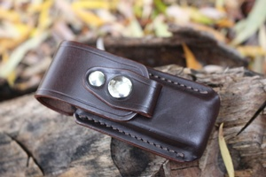 Leather case for folding knife